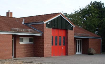 Das Feuerwehrhaus in Wöhle wurde im Jahr 1991 erbaut Foto (c) Gemeinde Schellerten.