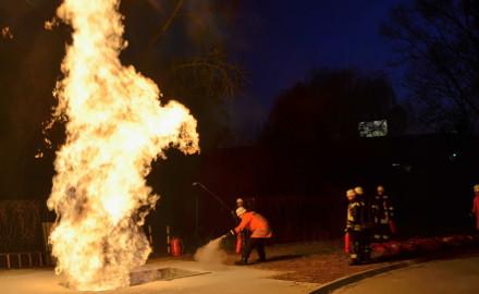 Gasbrandübung der Freiwilligen Feuerwehr Schellerten Foto (c) Michael Sinai