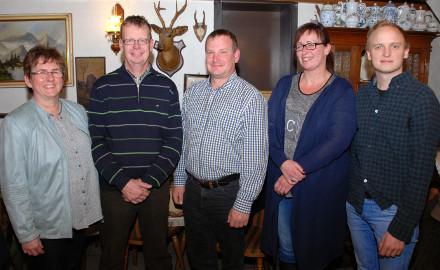 Der neue Ortsrat mit Ortsbürgermeisterin Ute Günther, ihrem Stellvertreter Henning Schaper, Henning Raulfs, Nicole Hoffmann und David Schäfer (von links). Foto: Wiechens
