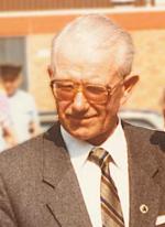 1. stellv. Bürgermeister Heinrich Kaune (*1925, +2010) bei der Einweihung des Rathauses in Schellerten am 15.07.1985
