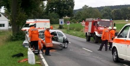 Glück im Unglück: 77-jährige Autofahrerin bei Frontalcrash nur leicht verletzt (Foto: Freiwillige Feuerwehr Wendhausen)
