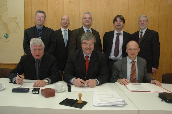 Bürgermeister aus acht Gemeinden gründen gemeinsame Anstalt