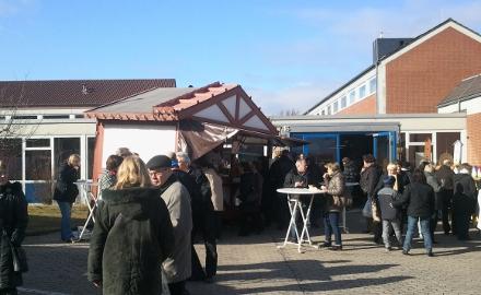 Zur Berufs- und Gewerbeausstellung am 22. April an der Richard-von-Weizsäcker Schule in Ottbergen werden wieder zahlreiche Besucher erwartet Foto: Lindinger