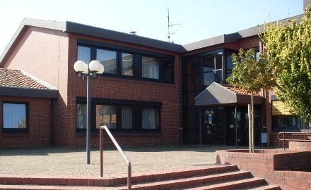 Eingang zum Rathaus Foto (c) Gemeinde Schellerten